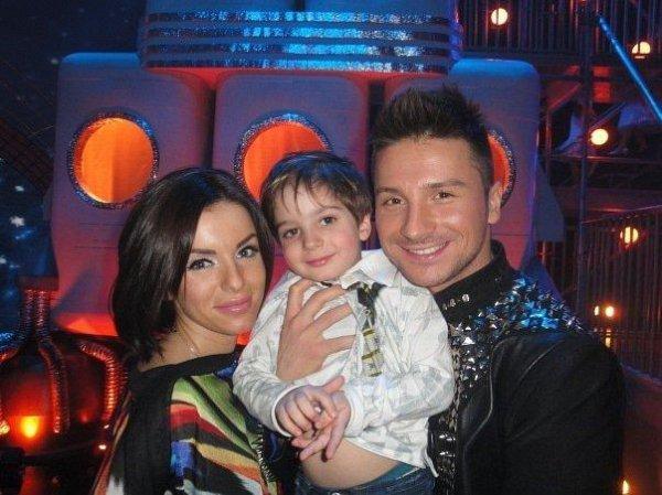Юлия Волкова с сыном Самиром и двоюродным братом Сергееем Лазаревым