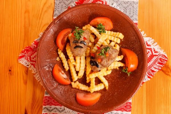 Рецепт                  Рецепты на Хэллоуин: Котлеты и картофель фри