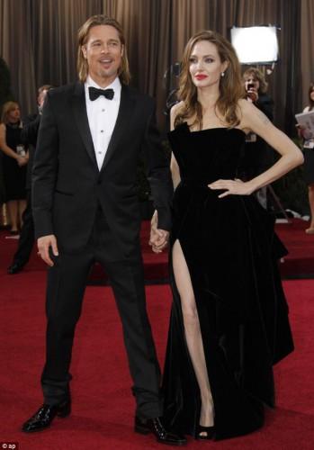 Джоли и Питт решили больше не откладывать свадьбу