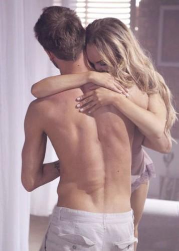 Alyosha рассказала, как воспринял ее новый клип муж Тарас Тополя