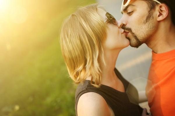 Поцелуй – это печать любви