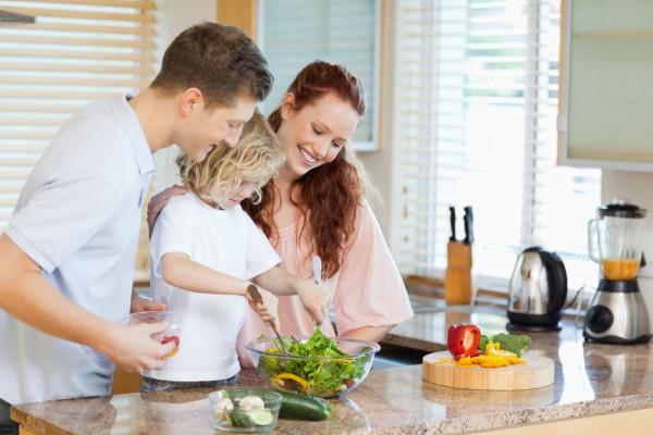 Совместное приготовление пищи может сблизить вас