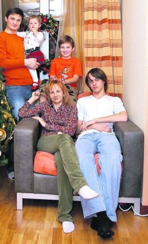 Игорь Кондратюк со своей семьей