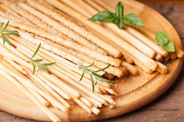 Сырные палочки с тимьяном