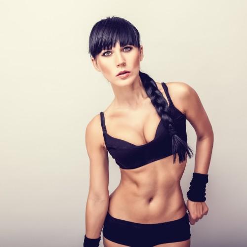Интенсивная получасовая тренировка поможет быстро привести мышцы в тонус