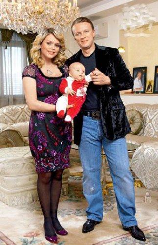 Ксения с бывшим мужем и сыном