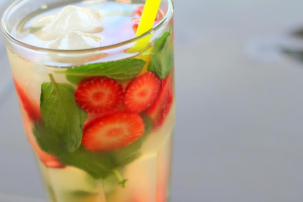 Холодный зеленый чай с мятой и лимоном рецепт