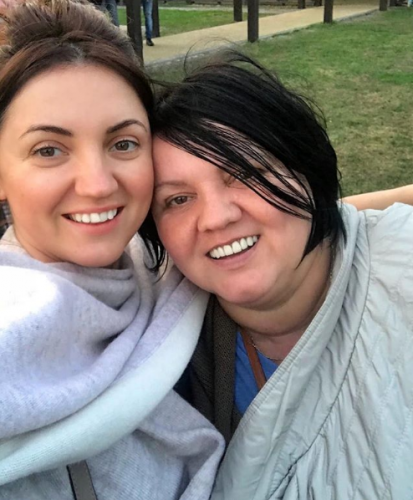 Оля Цибульская с мамой фото