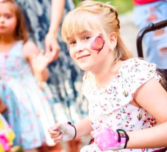 Надя Дорофеева исполнила мечту юной поклонницы