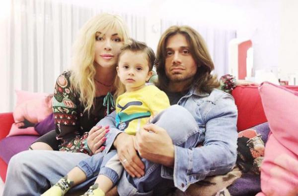 Ирина Билык с семьей фото
