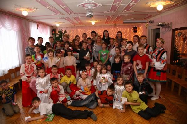 Все воспитанники детского дома Пролиски получили подарки