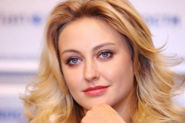 Певица хочет обойти по популярности саму поп-королеву Мадонну!