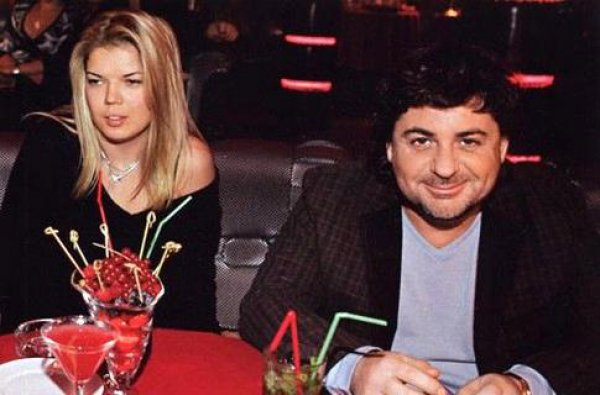 Александр Цекало и Виктория Галушка стали родителями во второй раз
