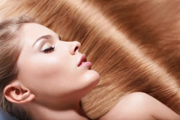 Как покрасить и укрепить волосы одновременно
