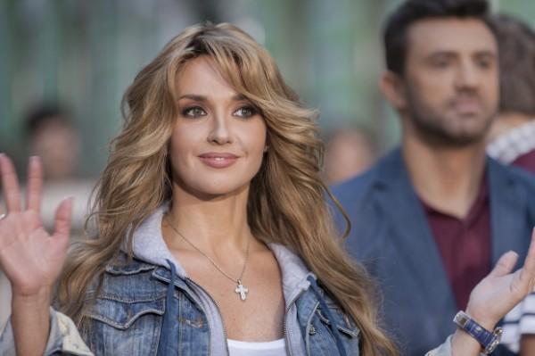 Оксана Марченко празднует день рождения