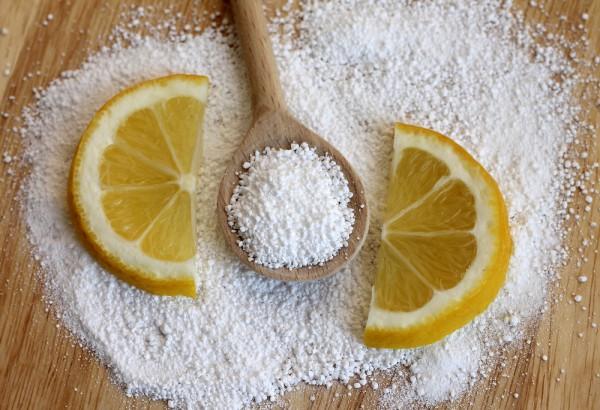 Как почистить чайник от накипи лимонной кислотой
