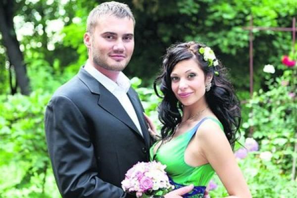 Янукович-младший с женой