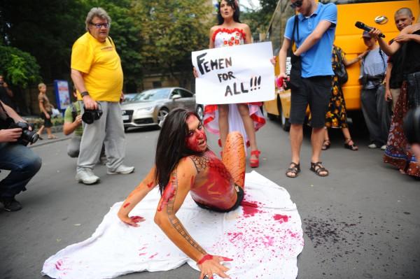 Акция протеста на ОМКФ 2014