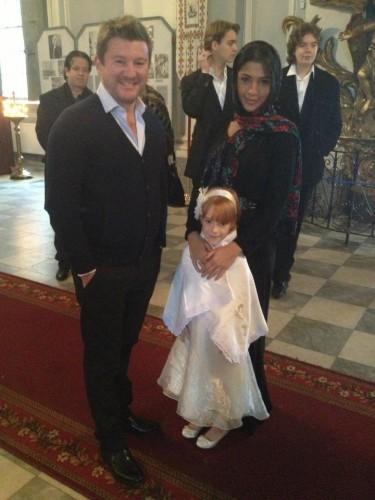 Крестными родителями дочки экс-супругов Сергея Власенко и Натальи Окунской стали Санта Димопулос и Дмитрий Борисов