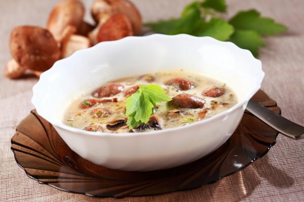 Рецепт                  Сырный суп с белыми грибами