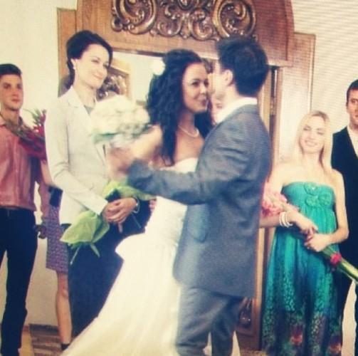 Алина Гросу показала фото в свадебном платье