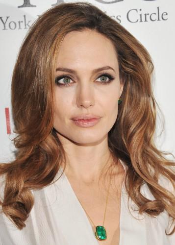Анджелина Джоли беременна мальчиком