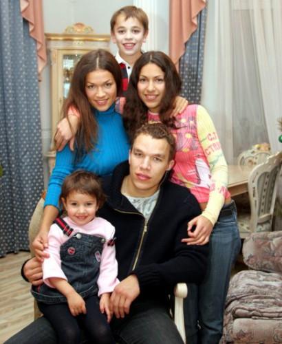 Семья Юрия Бойко