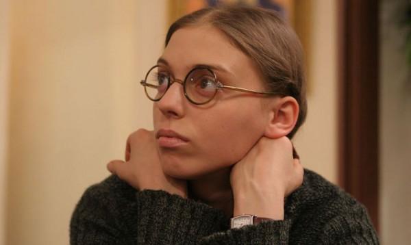Нелли Уварова умеет так сыграть, что ее не узнает дочь