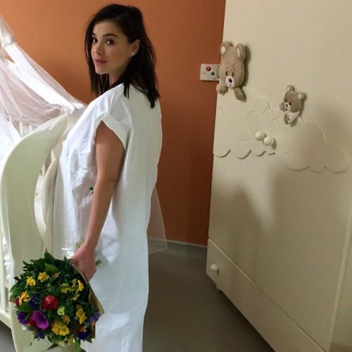 Елена Темникова родила девочку