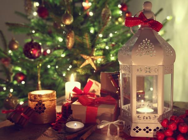 Благодаря смс-поздравлениям ты можешь поздравить с Рождеством тех, кто далеко от тебя
