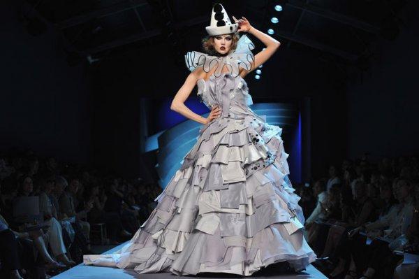 Критикам не понравилась коллекция модного дома Dior без Гальяно