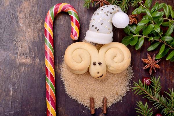 Новый год 2015 – это год Синей Деревянной Козы (Овцы)