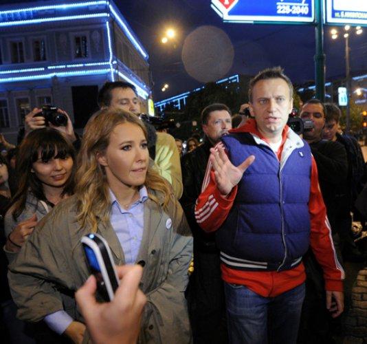 Ксения Собчак была задержана российской полицией во время мирной демонстрации