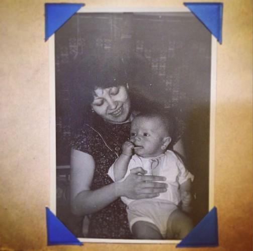20-летняя Таисия Повалий с сыном на руках