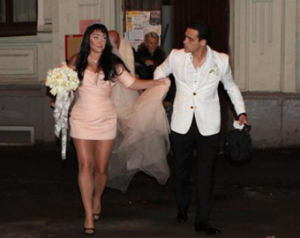 Свадебное фото Милявской и ее 5-го мужа Дмитрия