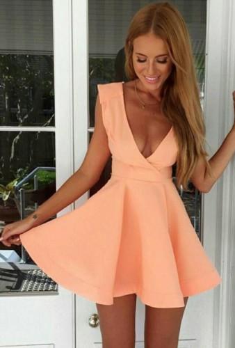 Одежда в персиковом цвете