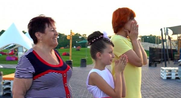 Зважені та щасливі 6 сезон: к Роме приехали три любимые женщины
