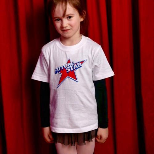 Эмилия в школе у Пугачевой