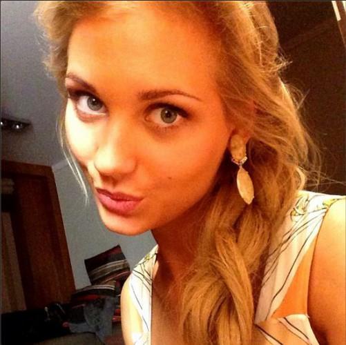 25-летняя российская актриса Кристина Асмус