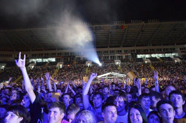 Спустя 10 лет, возрожденный фестиваль ProstoRock вновь собрал целый стадион фанатов рок-музыки