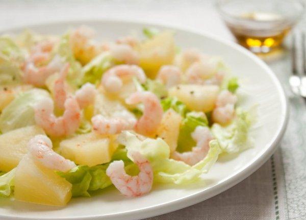 Салат с креветками и ананасами сыром рецепт с