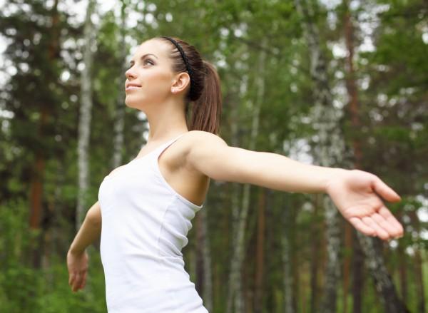 Готовь сани летом: Развитие чувства равновесия повысит твои шансы удержаться на ногах, избежав, таким образом, получения травм связанных с падением, в случае, если ты, например, поскользнешься при гололеде