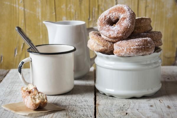 Пончики с сахарной пудрой