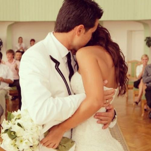 Ани Лорак и Мурат Налчаджиоглу празднуют пятую годовщину свадьбы