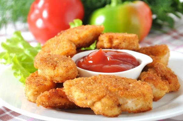 Наггетсы из курицы с кетчупом