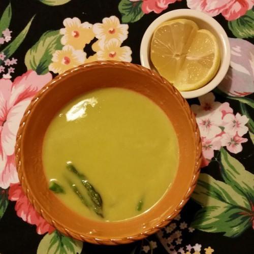 Детокс-суп из спаржи