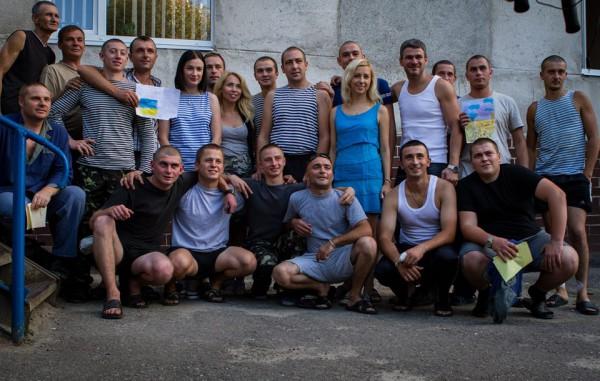 Украинские артисты едут с концертом к бойцам
