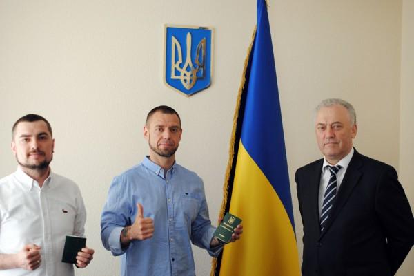 Сергей Михалок, Антон Азизбекян (слева), Сергей Радутный (справа)