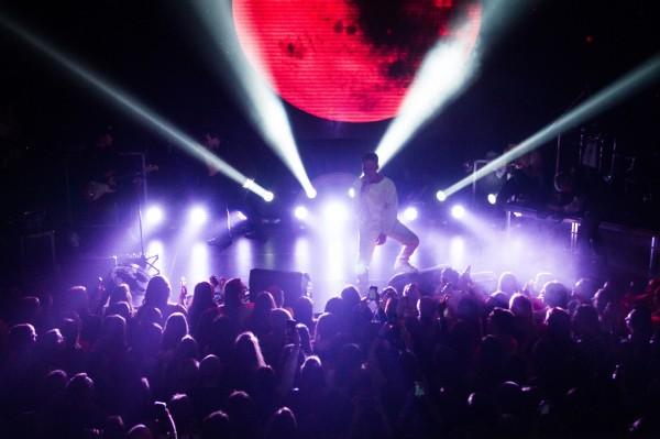 Концерт Артема Пивоварова в Киеве фото