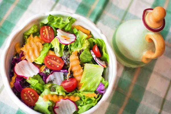 Летний салат из овощей